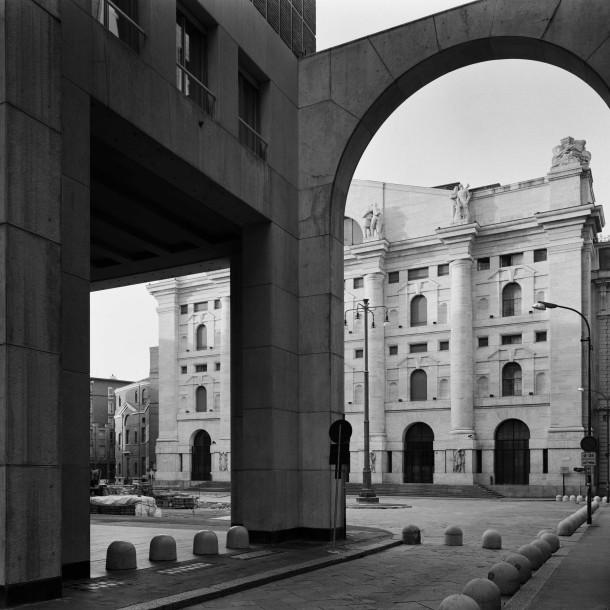 3. Piazza degli Affari, 1996