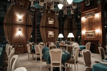 Spring Place ft Caviar Kaspia. Il ristorante parigino a New York