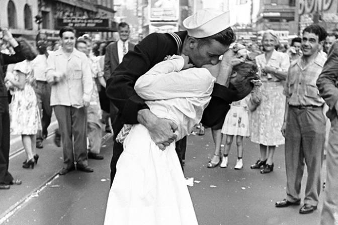 Il bacio in Times Square di Alfred Eisenstaedt