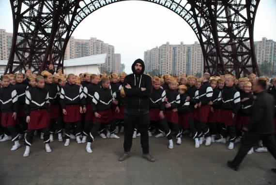 behind the scene of jamie xx gosh video directed by romain gavras ph-kim-chapiron