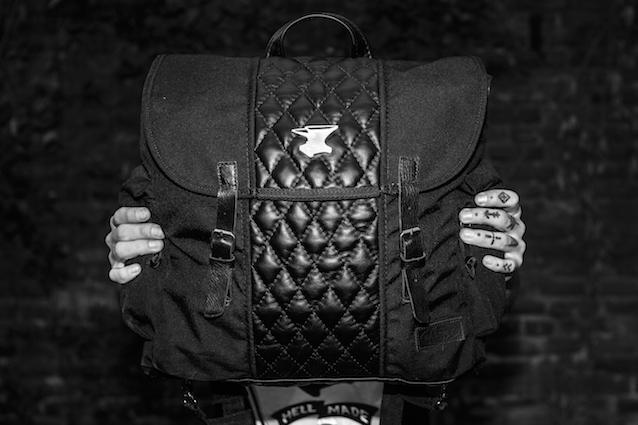 anvil motocilclette crea una capsule collection in esclusiva per eastpak