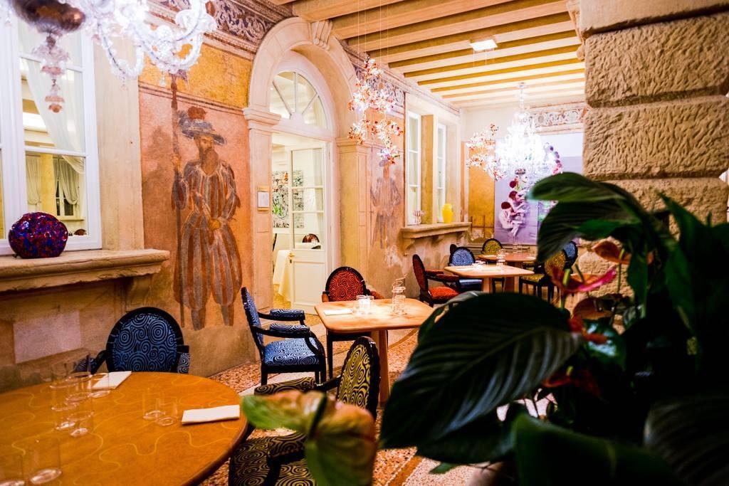 Amistà 33 il ristorante del Byblos Art Hotel