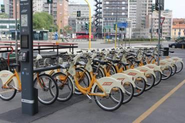 Servizio Bike Sharing a rischio per Milano, secondo l'Assessore alla mobilità Granelli: «il servizio costa troppo, gli accordi vanno rivisti».