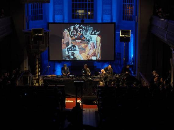 a Berlino l'elettronica sperimentale si suona in chiesa